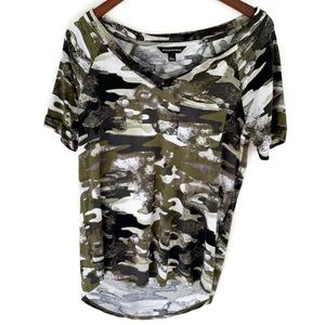 Rock & Republic Camo V-neck Tee Shirt
